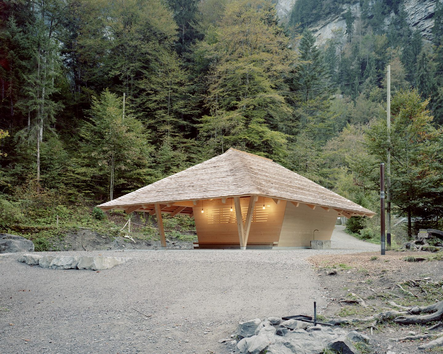 Wasserhaus, Blausee BE. Hildebrand Studios AG, Architecture and Urban Design in Zurich, Switzerland